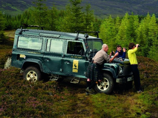 Experience an off-road safari to explore the wildlife and environment Scotland image