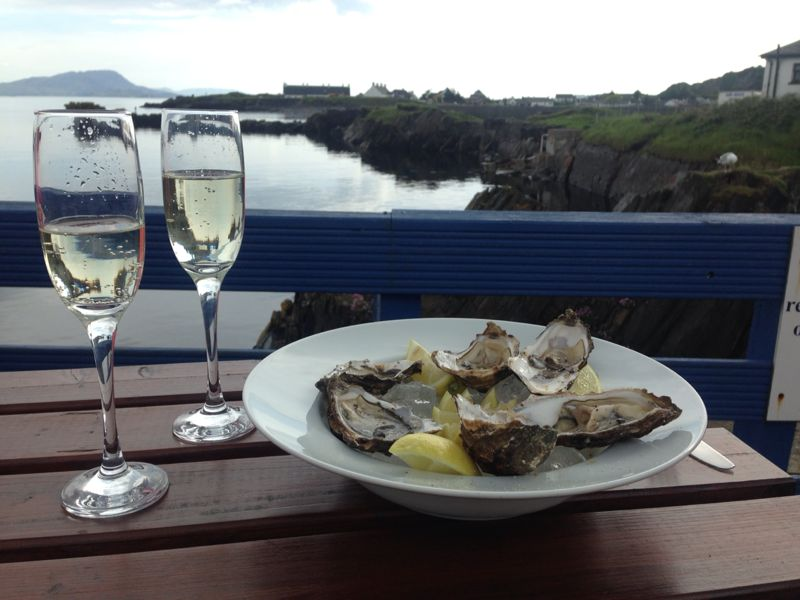 Sample fresh local oysters and a glass of bubbly in Argyll image